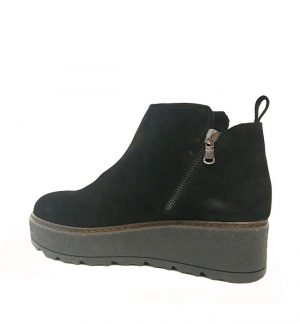 Lisa Kay London Gill Suede Short Boot in Black