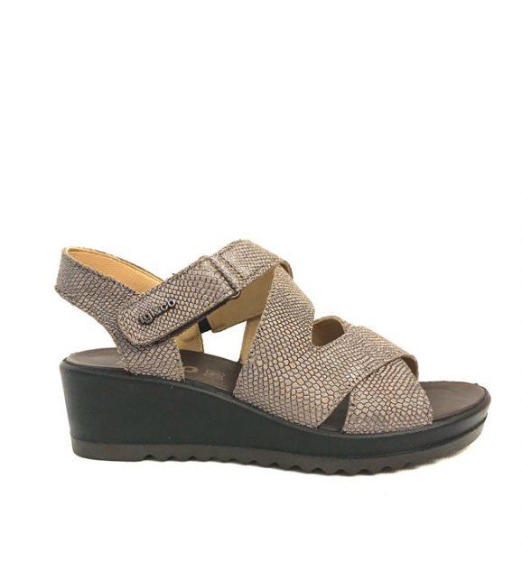 Igi & Co Wedge Heel Lambron in Black & Pewter 5176900